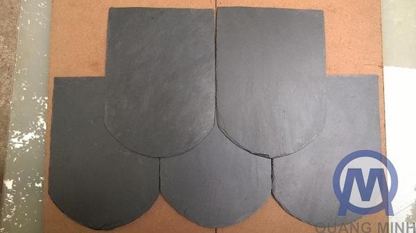 Round toe roofing stones